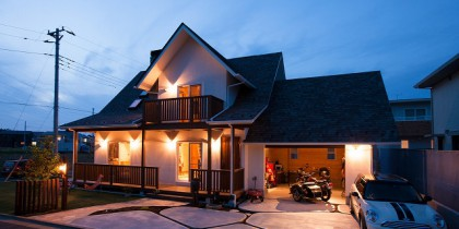 インナーガレッジ×薪ストーブそして男の隠れ家「屋根裏小屋」のある家